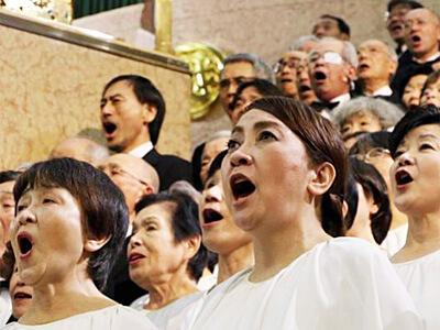 歌を歌うと腹側迷走神経は活性化できる。