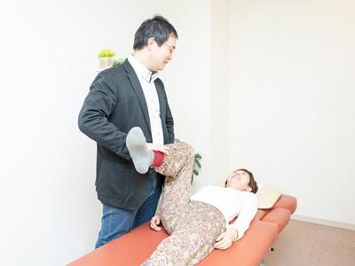 からだケアルーム クオリア 骨盤検査 筋反射テスト